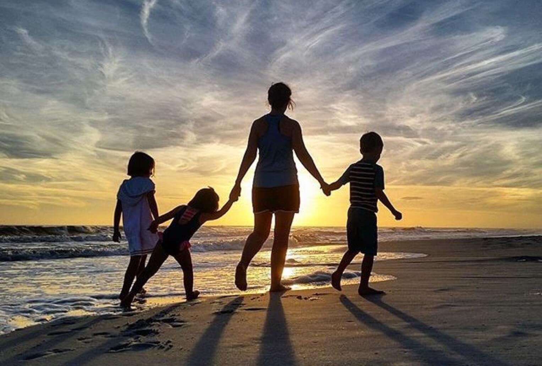 family-fun_t20_kjeQvK (1)